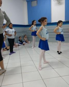 Espaço Ballet do Colégio Araçá - Foto 190