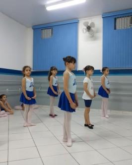 Espaço Ballet do Colégio Araçá - Foto 191